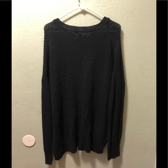 Free for all Size Large Long black sweater
